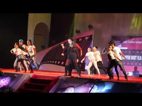 kaiku Performing in Manipur HVS first SHort Film Festival