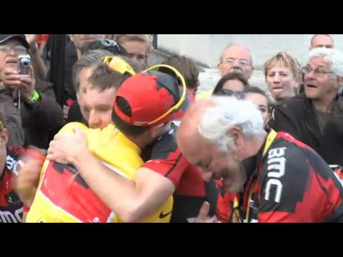 Stage 21 - Cadel and his team mates - 2011 Tour de France