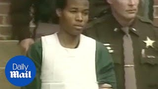 Judge overturns life sentences for DC sniper Lee Boyd Malvo - Daily Mail