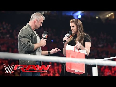 Shane and Stephanie McMahon celebrate Raw's New Era: Raw, May 2, 2016