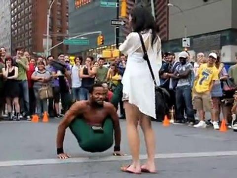 Уличные танцы видео.  Мастер   класс для молодежи!
