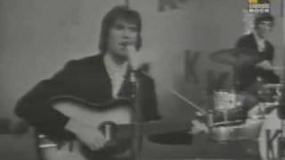 Watch Kinks Set Me Free video