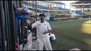 Shocking Video | RP Singh throws fan's mobile Phone