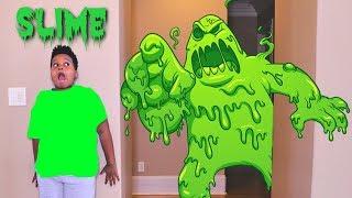 DIY Slime Baff Toy Disaster! w/ Creepy Killer Clown Stalker - Onyx Kids