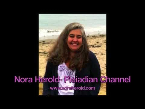 Cosmic Current Special Guest Nora Herold with Helane Lipson