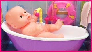 Đồ chơi trẻ em tắm cho búp bê sơ sinh trong bồn tắm với vòi nước mát và xà phòng (Chim Xinh)