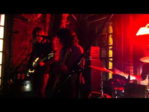 House of Hounds – Blue Velvet Woman