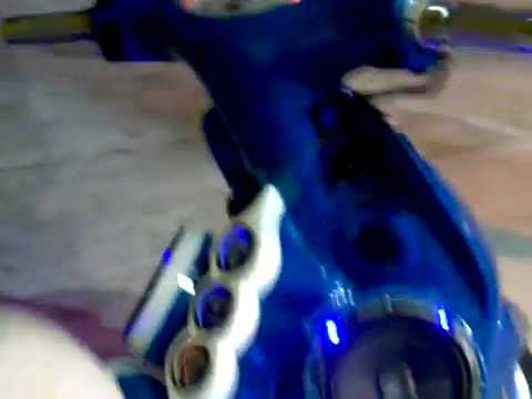 HAND-MADE TUNING PERFORMANCE -*INSEKTRONIK*- LA MOTO DE CORNELIO 1ERA PARTE