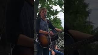 Download Lagu Britton Buchanan - Free Falling - partial - Part II (Tom Petty cover) Gratis STAFABAND