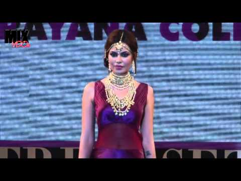 Most Sexiest Model on Ramp to Showcase Retail Jeweller India