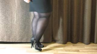 BBW showing her legs in high heels.