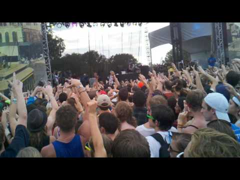 Skrillex ACL Benny Benassi Cinema Remix 09/17/2011