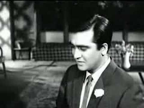 Gumrah (1963) - Chalo Ek Baar Phir Se video