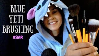 ASMR Mic Brushing With & Without Pop Filter ~ Brushing, Tapping, Crinkling [No Talking]