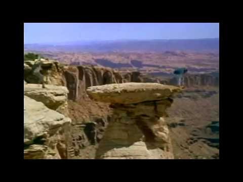 City Slickers II : The Legend of Curly's Gold Trailer [HD]