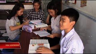 Tranh cãi chuyện 'cải cách' Tiếng Việt