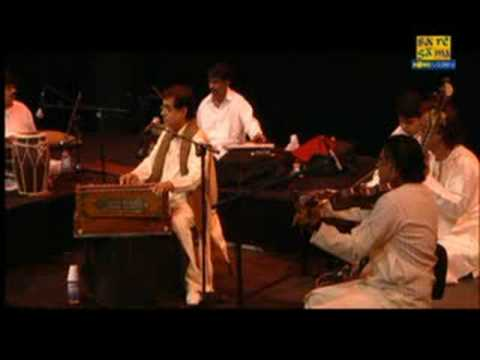 Des Mein Nikla Hoga Chand By Jagjit Singh Live In Sydney video