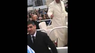 El Papa Francisco y un hincha de Independiente