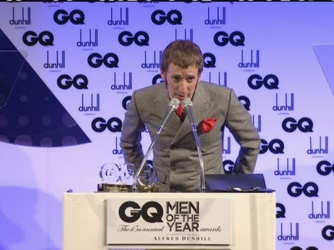 Bradley Wiggins gets Lifetime Achievement Award from Liam Gallagher