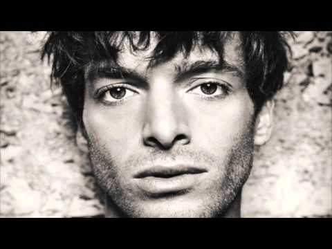 Paolo Nutini - Don't Let Me Down - Amazing cover of The Beatles's song (with Lyrics)