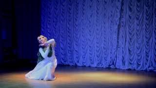 Mohe rang do laal dance performance