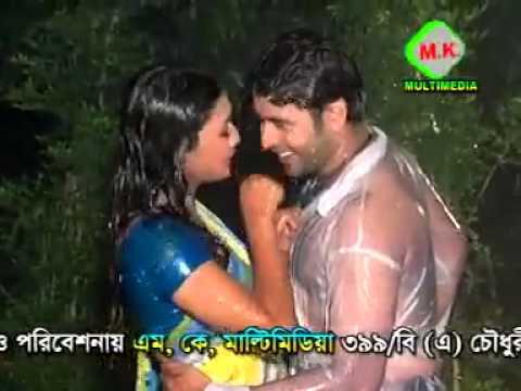 Jhiri Jhiri Bristite    Sexy Bangla  Song.mp4 video