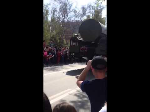 Тополь М девятого мая на параде победы в Новосибирске