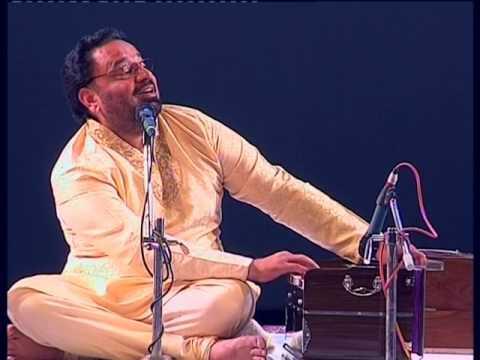 Dr. Prof. R.S. Gill performing at Sham-e-Ghazal at Tagore Hall, Srinagar Part 1