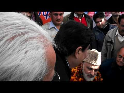 Sunil Dimple, Jammu &kashmir Leader Talking To Ali Mohammad Sagar. video