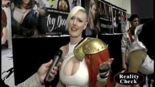 Vegas PG (Cosplay Model) at Wizard World 2014