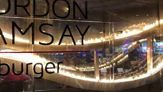 Las Vegas Travel Video. Gordon Ramsay Restaurant Vegas. Gordon Ramsay Burger Planet Hollywood Vegas