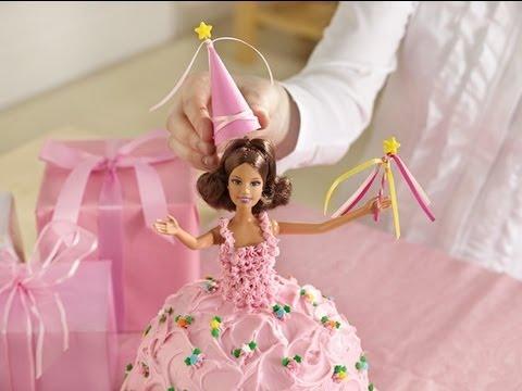 ... mágico pastel de princesa, con una verdadera muñeca con la que