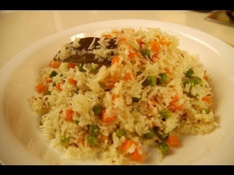 GAJAR MATARANWALE CHAUL (Carrot and Peas pulao)