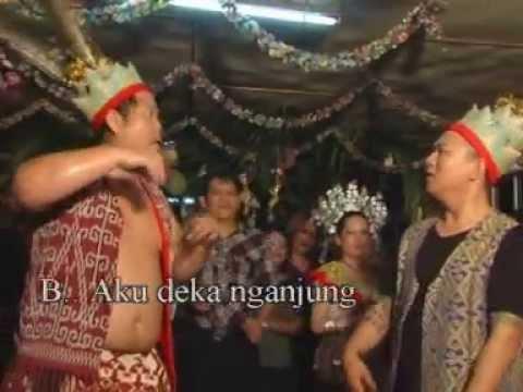 LAGU GAWAI 2013- Bunyau Enggau Mujap Ngabang