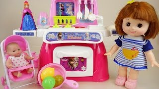 Baby doll and Frozen kitchen toys play-doh cooking play