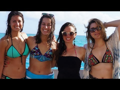GIRLS TRIP TO FIJI - Vlog #1