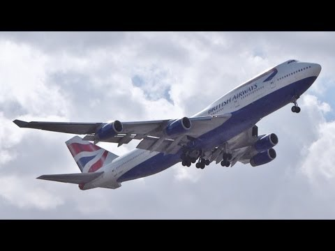 AWESOME GO AROUND! British Airways 747-400 at Heathrow 27R