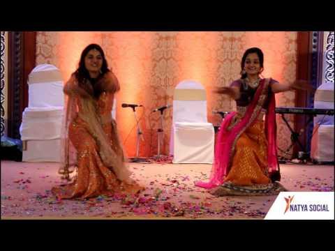 Girls Dancing on Bhumro Bhumro song