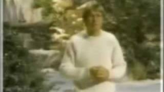 Watch John Denver Alfie The Christmas Tree video