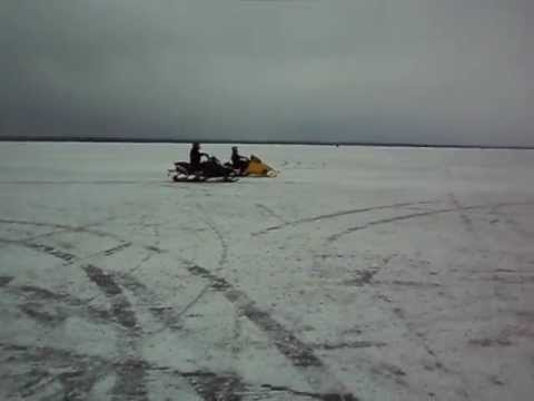 Supercharged Apex 1000 vs Skidoo Mach Z 800 Triple Lake Simcoe