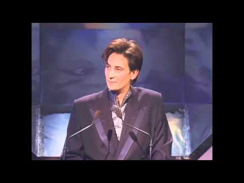 KD Lang Inducts Etta James into the Rock and Roll Hall of Fame in 1993