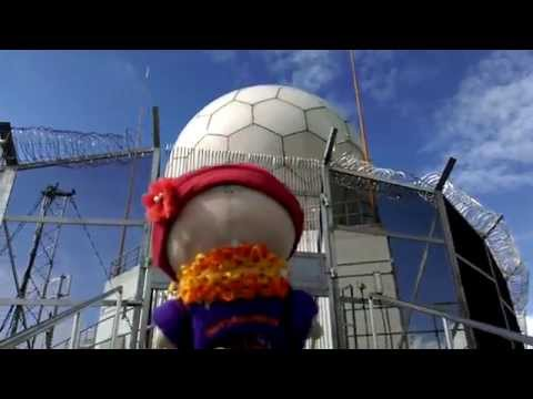 Going to the top of Tate's Cairn - Meteorological station - Dragon Ball (08nov15  VIDEO1139)