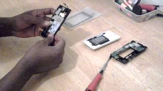 How To: Replace Nokia Lumia 520  Touch Screen