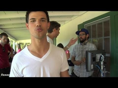 Field of Dreams 2: NFL Lockout with Taylor Lautner: Behind the Scenes