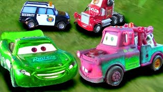 Disney Pixar Cars Emergency Mater, Lightning McQueen, Mack, Richard Toy Movie FUN !