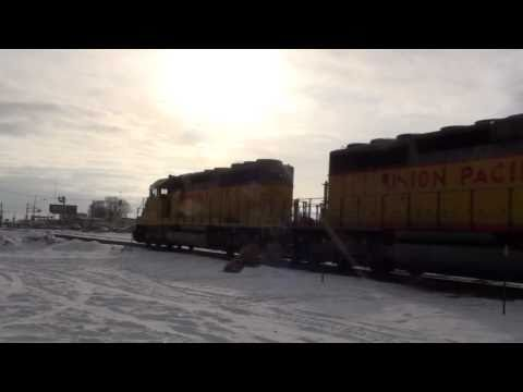 (HD) FULL POWER From STOP! GREAT SOUND! (EMD) SD40-2's
