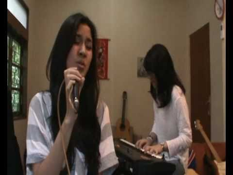 Down To Earth (justin Bieber) Cover By Raisa video