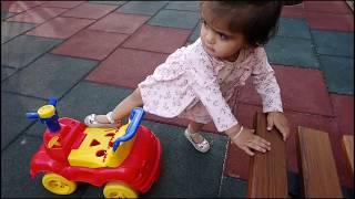 Nisan arabaya ters binmiş Çocuk Videosu Funny Kids Video