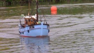 E 167 Wiota - scale model RC fishing boat - VMK