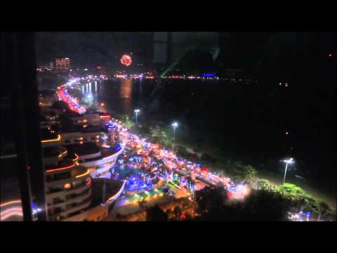 Thailand, New Years Party Pattaya 2015 Soi 6 and Beach, Новогодний фейерверк в Паттайе